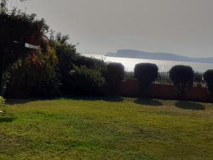 giardino con vista sul golfo di Cagliari